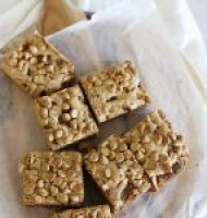 One bowl Speculoos stuffed Speculoos, pecan & peanut butter blondies