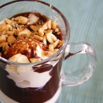 Nigella's chocolate peanut butter fudge sundaes