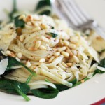 Linguine with garlic, chilli, herbs and pine nuts