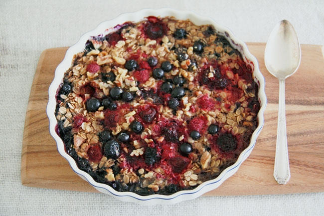 baked berry oats