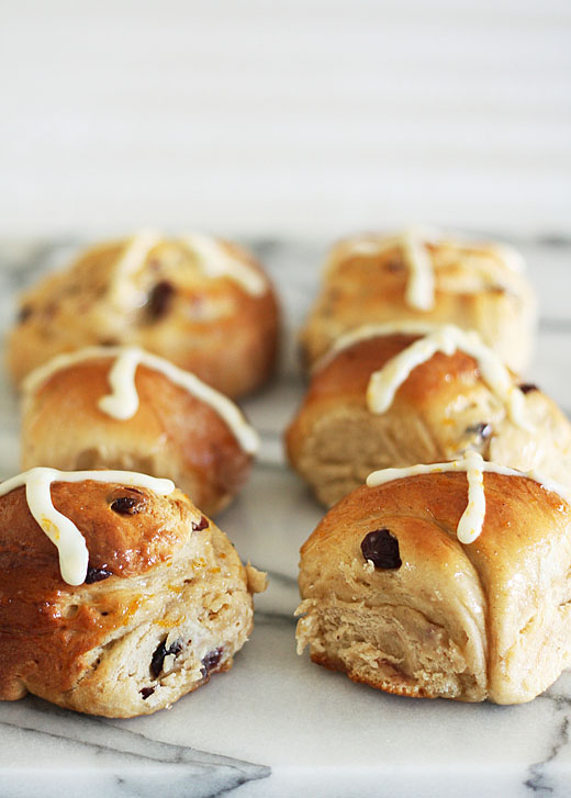 cranberry hot cross buns