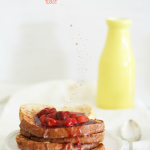 Cinnamon French toast with strawberry sauce