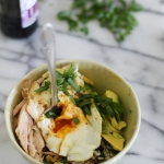 Brown rice bowl with tuna, avocado & fried egg