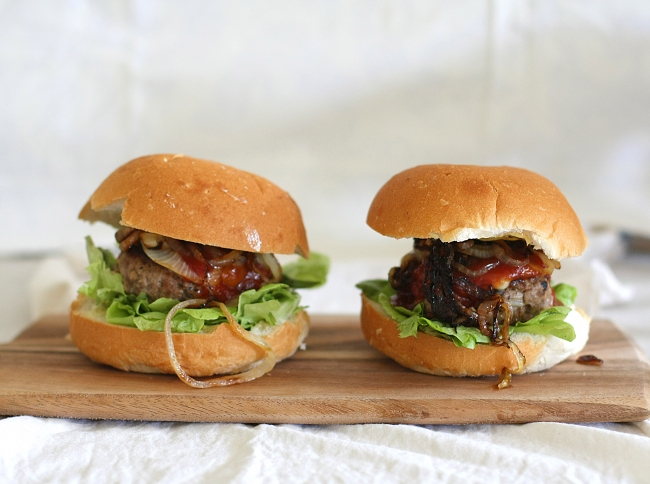 chilli cheese burgers