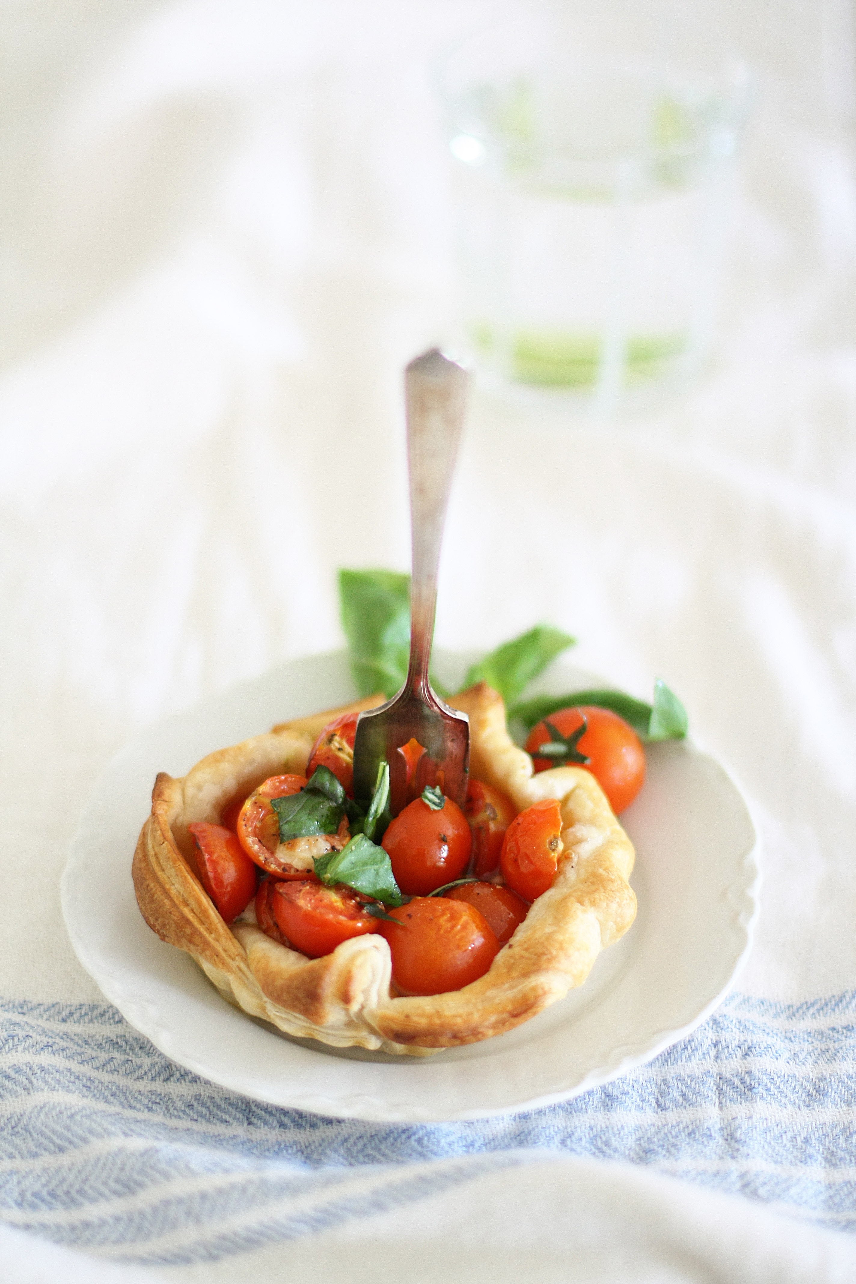 Tomato basil tartlets for two | a splash of vanilla