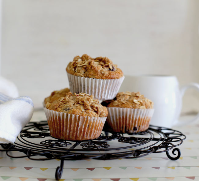 blueberry oat muffins l a splash of vanilla