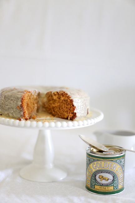 Golden syrup cake l a splash of vanilla