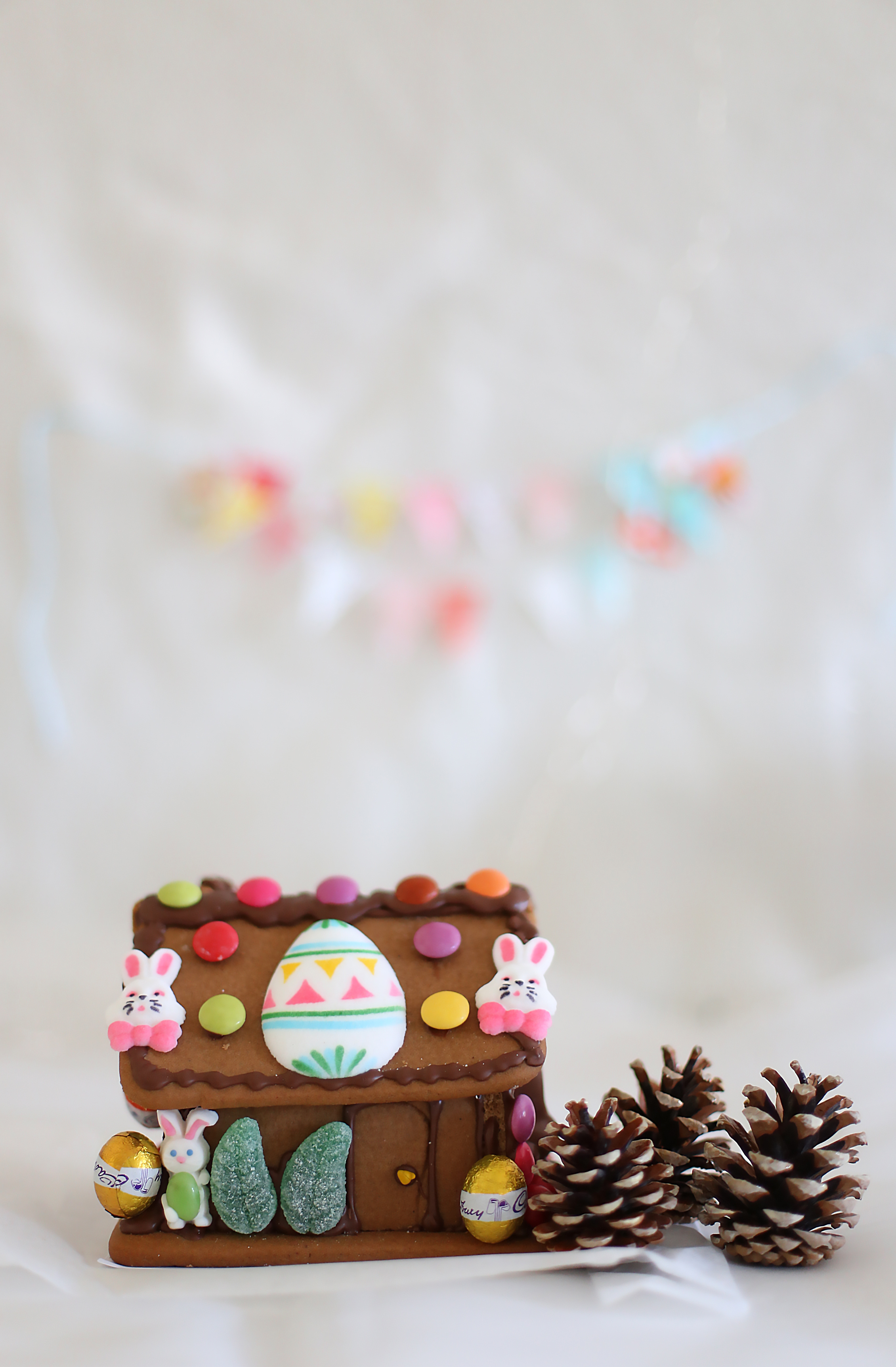 Easter gingerbread house l a splash of vanilla