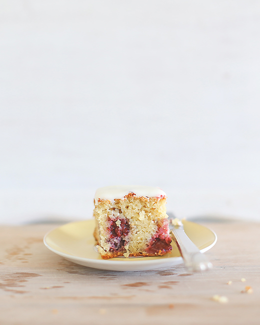 Lemon blackberry cake l a splash of vanilla